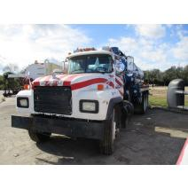 Complete Vehicle MACK RD688 LKQ Heavy Truck - Tampa