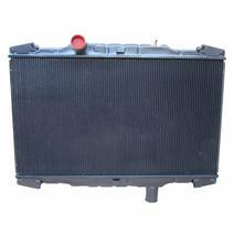Radiator PETERBILT 330 LKQ Heavy Duty Core