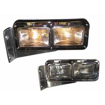 Headlamp Assembly PETERBILT 379 LKQ Heavy Duty Core