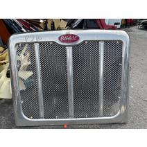 Grille PETERBILT 567 Payless Truck Parts