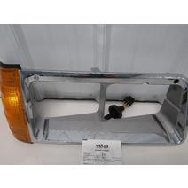 Headlamp Assembly PETERBILT A06-20737-001 West Side Truck Parts