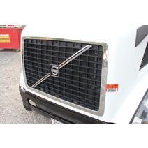 Grille VOLVO VNL Dutchers Inc   Heavy Truck Div  Ny