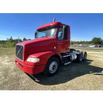 Complete Vehicle VOLVO VNM B & W  Truck Center