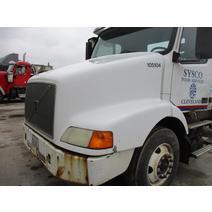 Hood VOLVO VNM LKQ Heavy Truck - Goodys